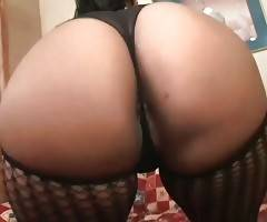 Cute Ebony Plumper Eagers To Get Fucked 1