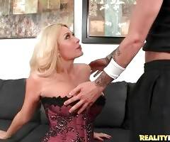 Amazing business lady Summer Brielle Taylor starves for nice thick dick.