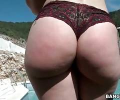 Horny stud buries his face between Marta`s meaty ass cheeks.